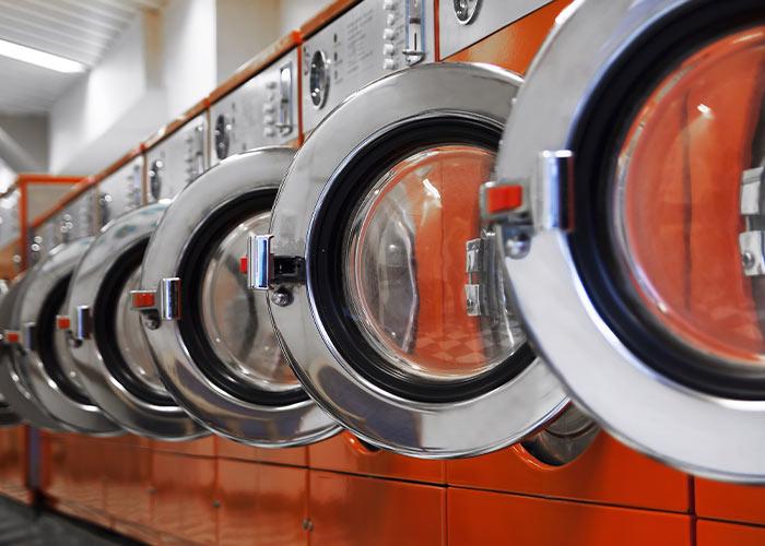 Bdrijfskleding wassen en repareren - Profashionals bedrijfskleding